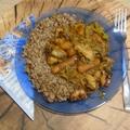 Tintahal curry hajdina körettel