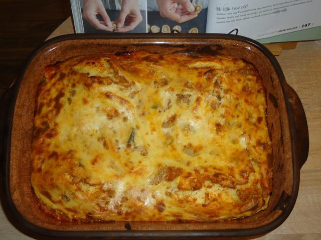 Lasagne házi tésztából duplán zöldségesen (6-7 adag)