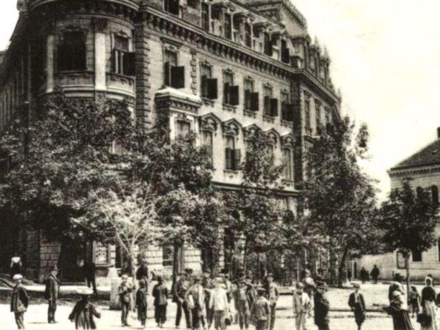 Széchenyi tér - Lóránt palota