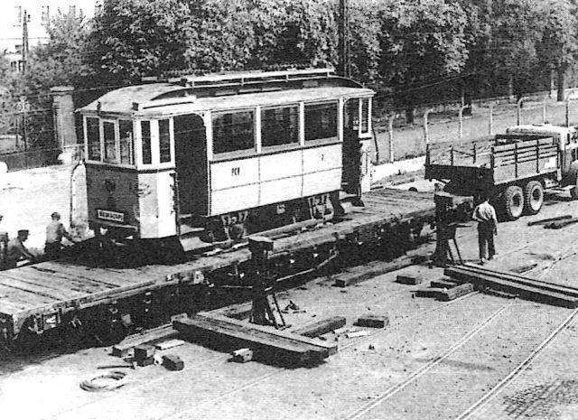 08_7-es_motorkocsi_indul_debrecenbe_1960.jpg