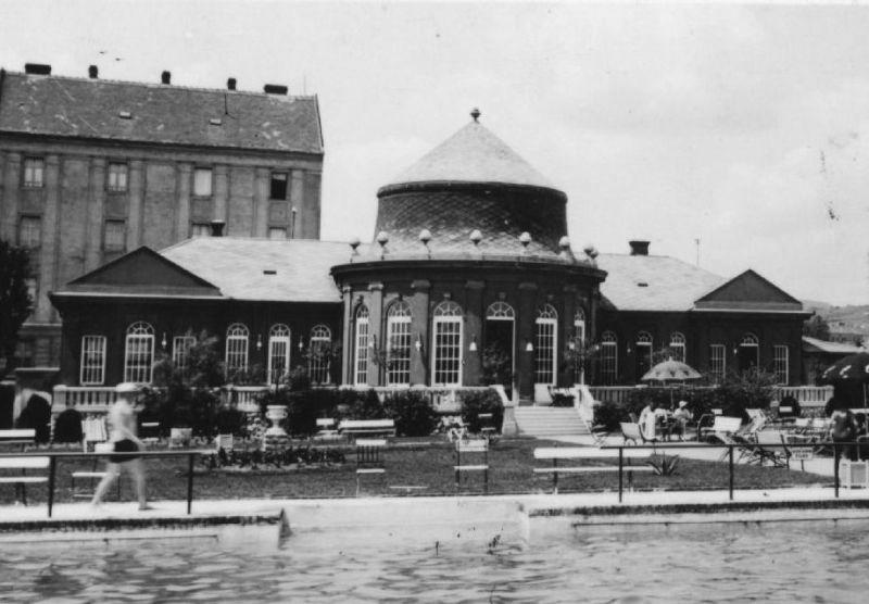 19_kep_hullam_szalon_1940-es_evek.jpg