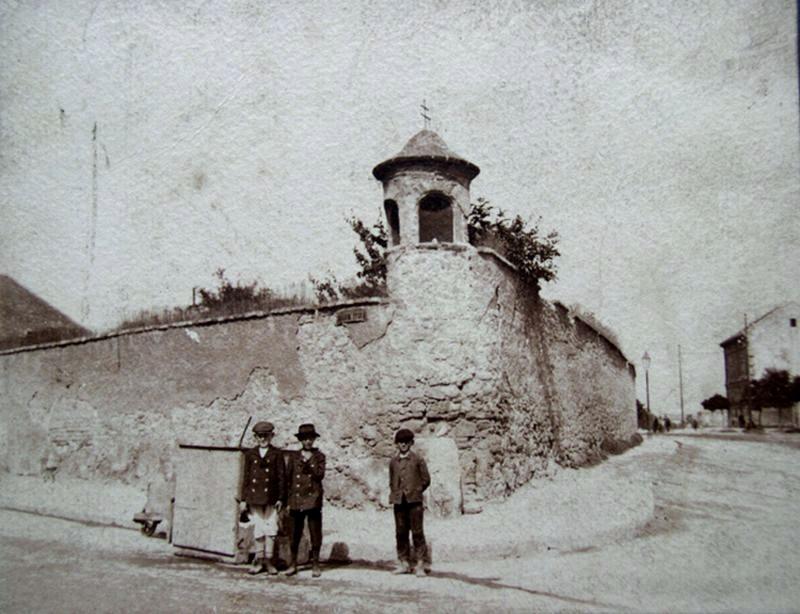 _kep_1905-1910_korul_rakoczi_u_felsomalom_u_sarkan_bildstock.jpg
