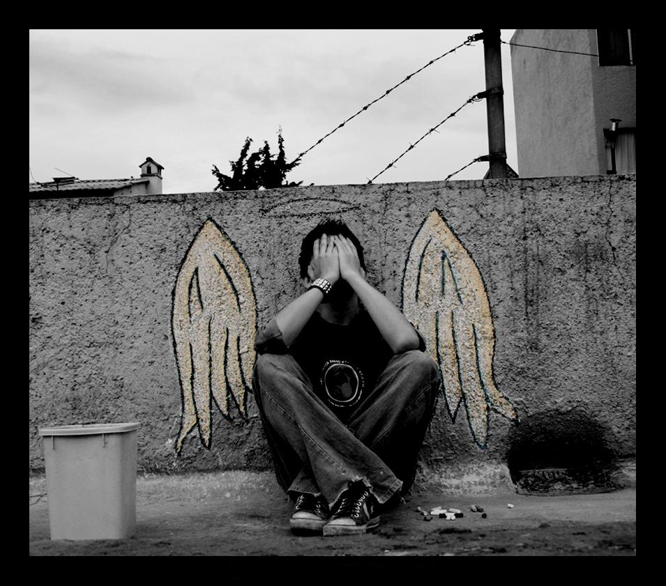 angel-lonely-alone-crying.jpg