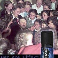 Hitler is Axe-al csajozott