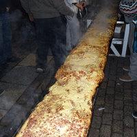 Megdőlt a legnagyobb kenyérlángos rekordja