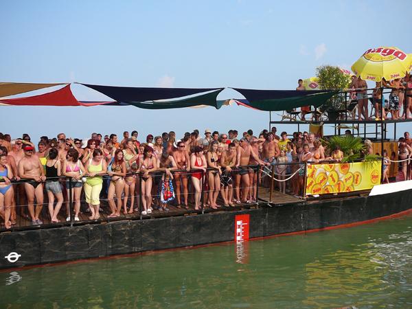 nickboat3.jpg