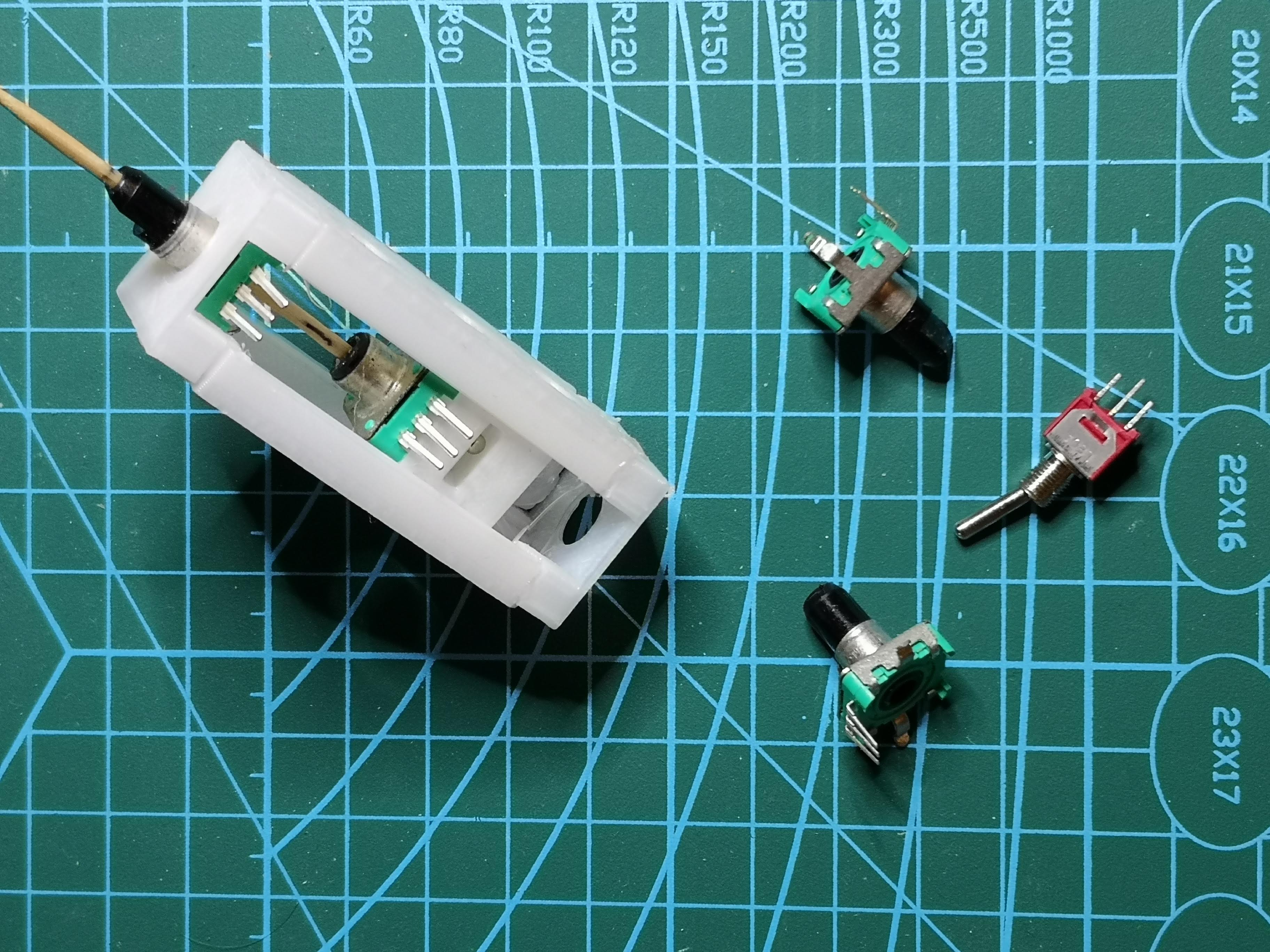 double_rotary_encoder_with_switch.jpg