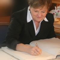 Vidám percek: Szili Katalin alkotmánya