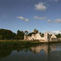 Adare: szalmafedeles házak és Írország egyik legdrágább luxusszállodája