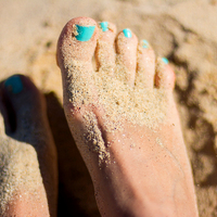 2 meglepő dolog, ami csúnya bőrkeményedést és sarokrepedezést okoz