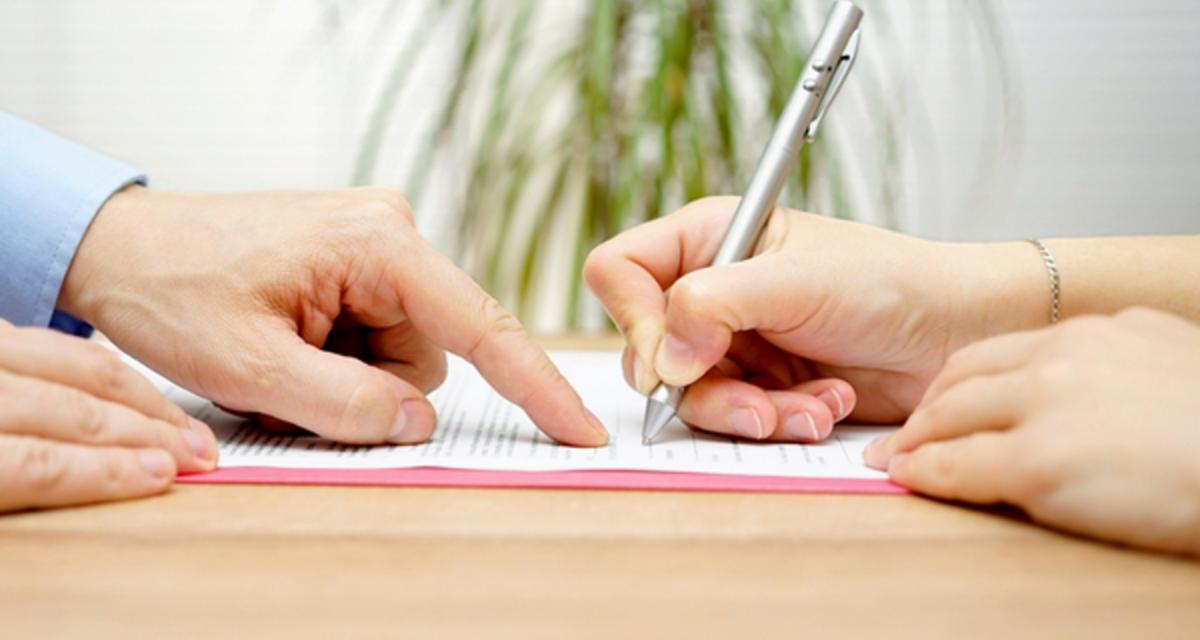 Aláírnál egy ilyen papírt az esküvő előtt? - Olvasd el ezt, és megváltozik a véleményed!