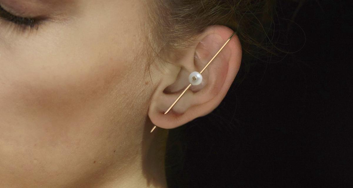 A 2000-es évek legdivatosabb fülbevalója most újra trendi