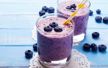 Kekszes gyümölcsturmix tízóraira és uzsonnára: a diéta ideje alatt sem számít bűnnek