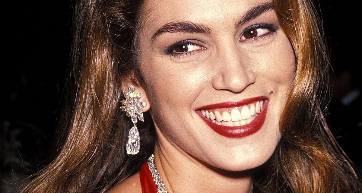 Most minden divatos, amit akkor képviselt: Cindy Crawford, a 90-es évek szépségikonja