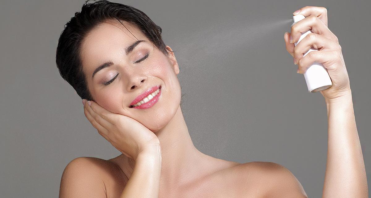 Hidratáló arcpermetek körképe: felfrissítik és ápolják a bőrt