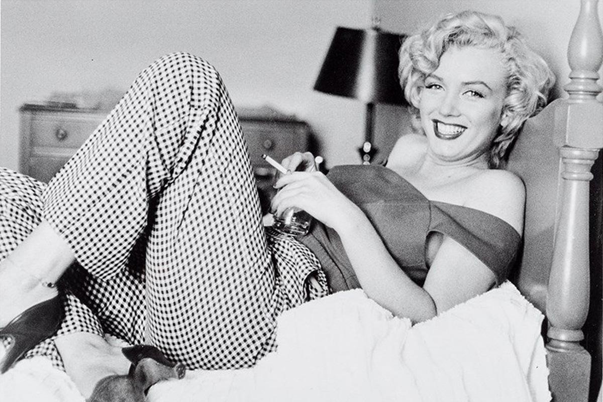 Marilyn Monroe fotókon megelevenedő szépségén és kisugárzásán nem fog az idő, népszerűsége a mai napig töretlen. A színésznő 56 évvel ezelőtt, 1962. augusztus 5-én hunyt el.