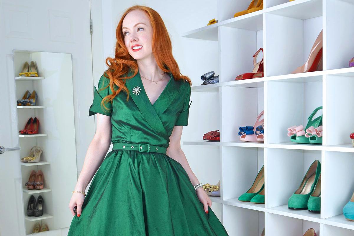 A smaragdzöld egyértelműen a hófehér bőrűek árnyalata.