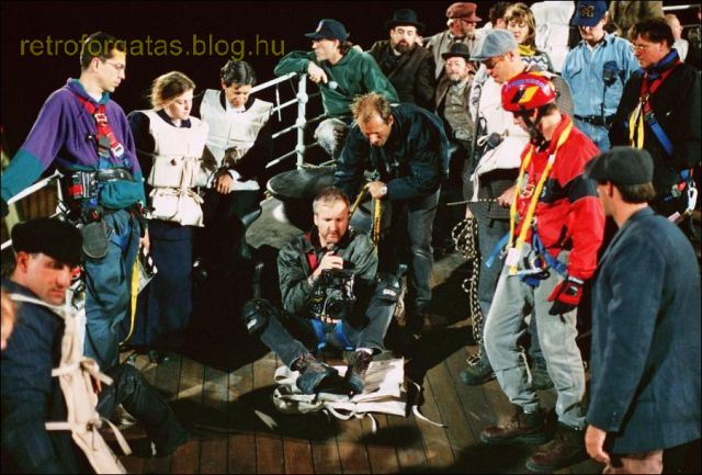 a_behindthescenes_look_at_the_making_of_titanic_640_15.jpg