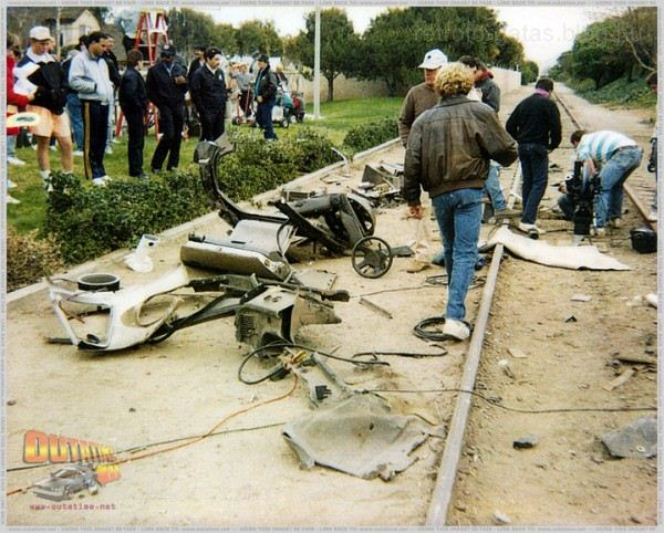 back-to-the-future-behind-the-scenes-25-600x482.jpg