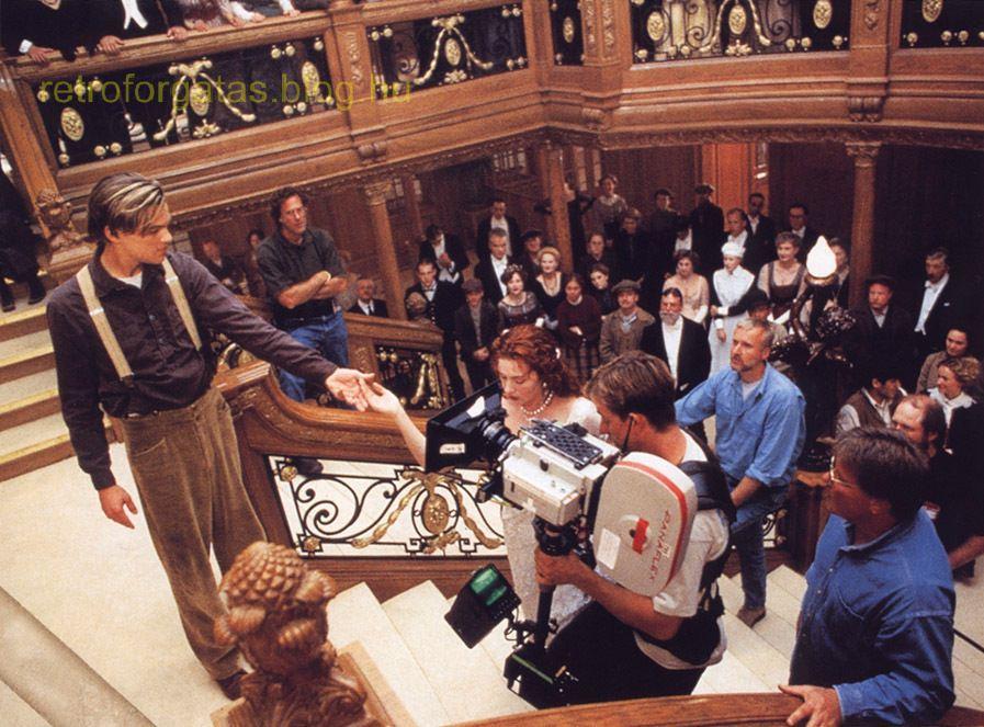 behind-the-scenes-titanic-8653980-897-663.jpg