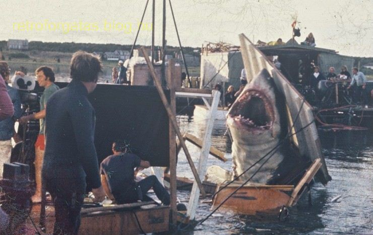behind_the_scenes_awesomeness_jaws_franchise_16_zpsvwivavsk_1.jpg