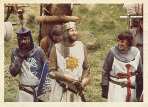 behind_the_scenes_of_monty_python_s_holy_grail_7.jpg
