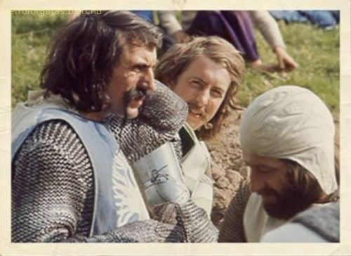 behind_the_scenes_of_monty_python_s_holy_grail_8.jpg