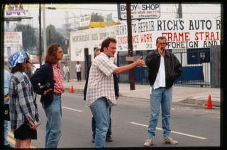pulp-fiction-tarantino-directs-cast-and-crew-for-car-crash-scene.jpg
