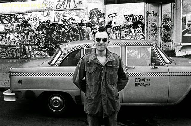 rare-behind-the-scenes-photographs-of-the-making-film-taxi-driver-12.jpg