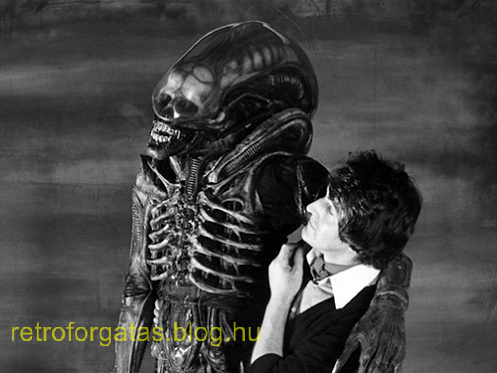 rare-behind-the-scenes-photos-from-ridley-scotts-alien.png