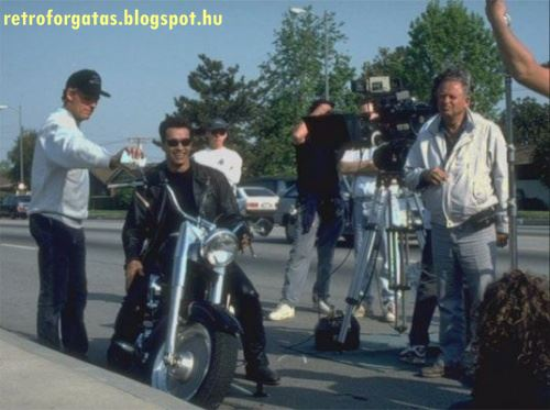 terminator-2-behind-the-scenes-3.jpg