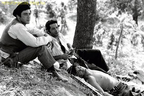 the-godfather-actors-having-rest-between-shoots.jpg