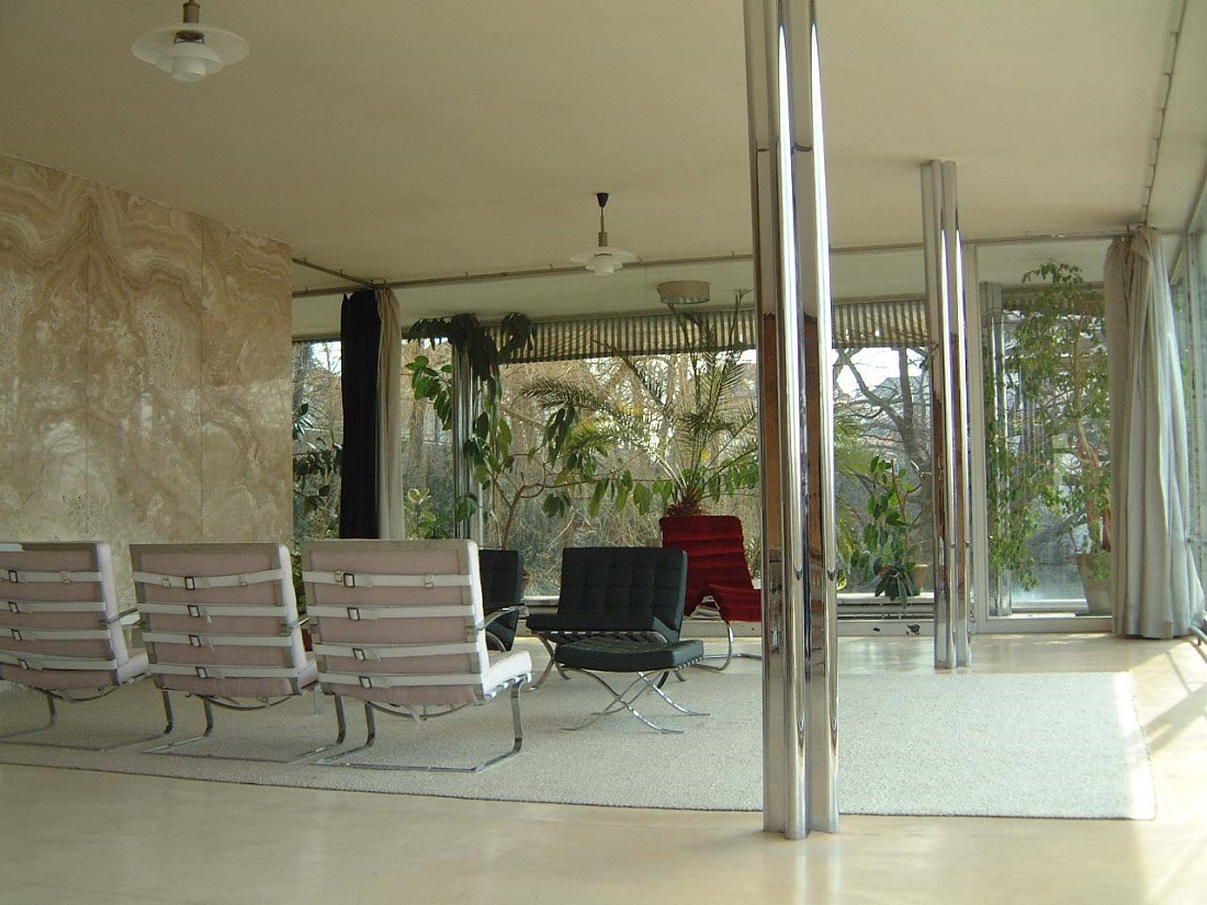 tugendhat_living_room.jpg