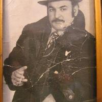 Az én örök vidám Laci bátyám