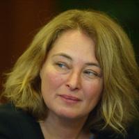 Rejtőznek a magyar meleg politikusok