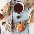 Gluténmentes, vegán rumos meggyes scone