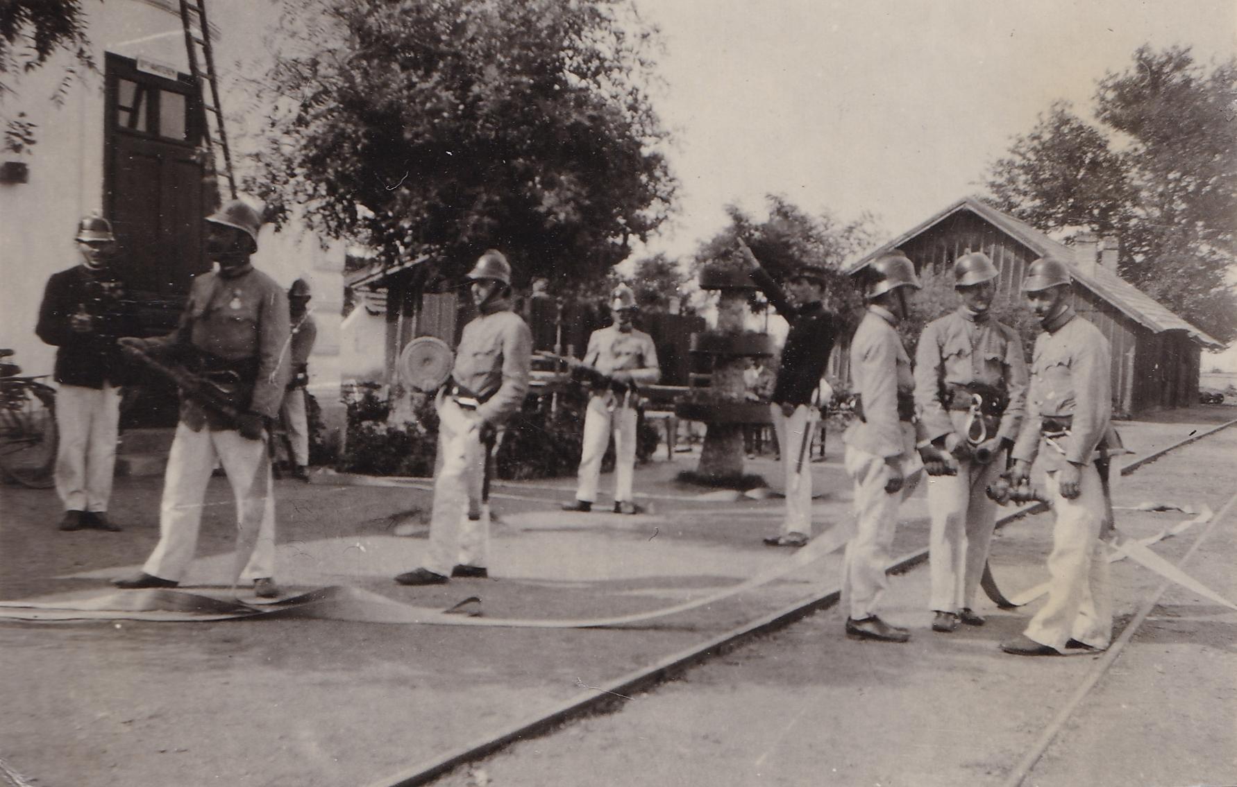 1936a.jpg