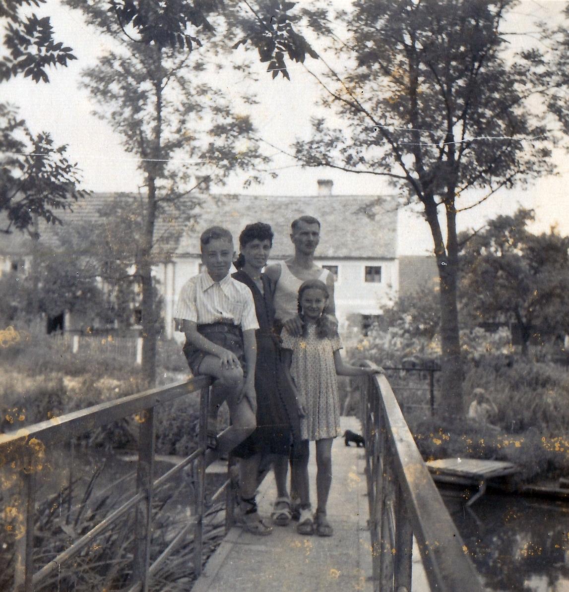1948_1.jpg