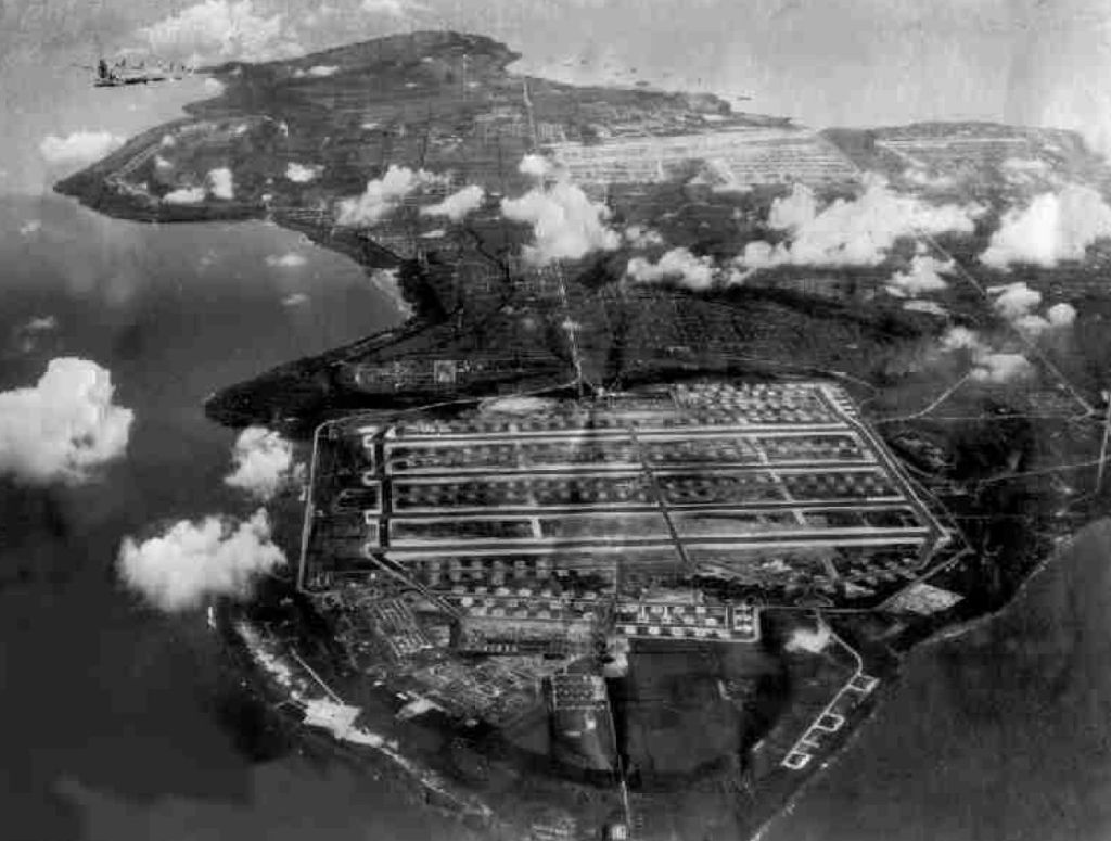 tinian_airfields_1945_looking_north_to_south.jpg