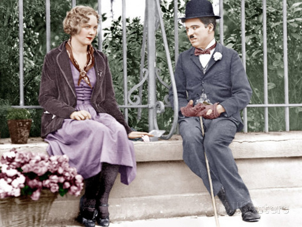 interesting_colorized_photos_of_charlie_chaplin_in_the_1910s-30s_2812_29.jpg