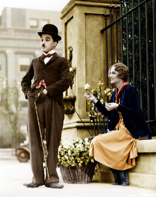interesting_colorized_photos_of_charlie_chaplin_in_the_1910s-30s_285_29.jpg