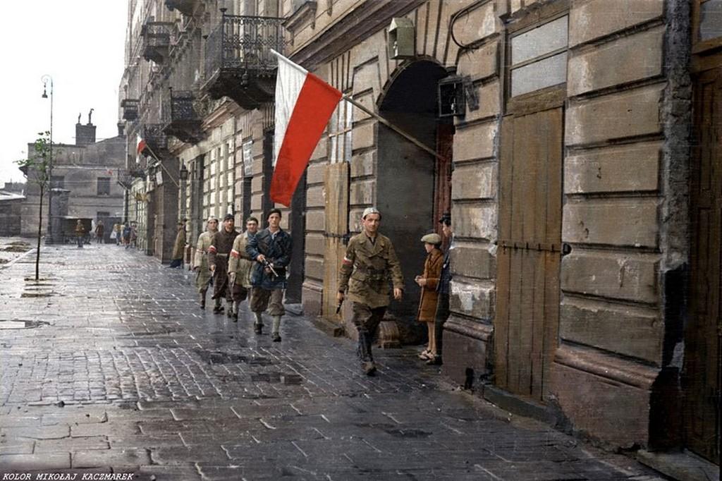 1944_augusztus_eleje_varsoi_felkelok.jpg