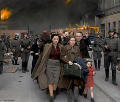Lengyelek háborúja színesben - 18+!