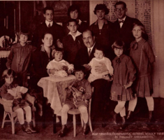 Fekete-fehér kis színesek 1928-ból