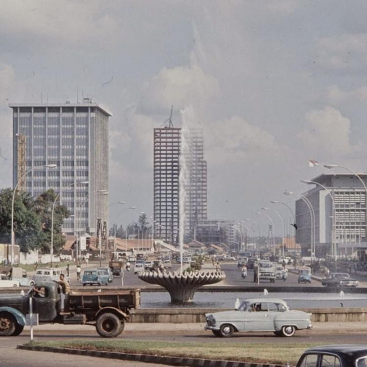 Indonézia - 1972