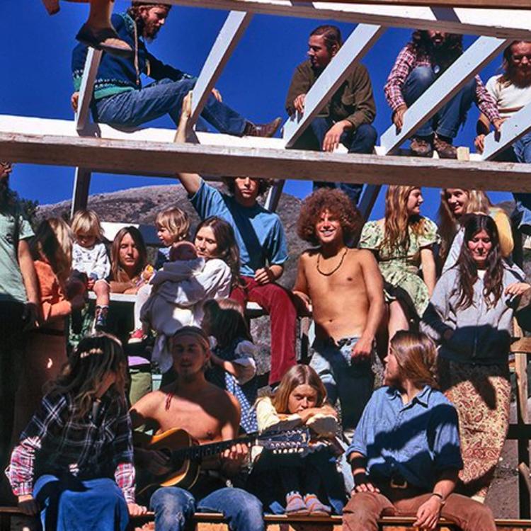 Hippikommunák