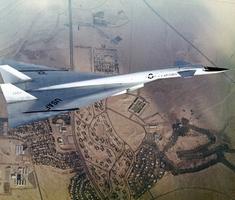Ritkán látható fotók a North American XB-70-esről