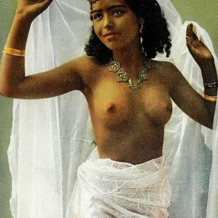 Erotikus arab fotók - 1900 körül (18+!)
