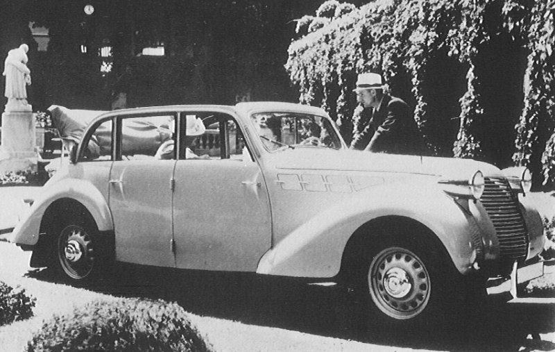 1940 Borgward Hansa 2400.jpg