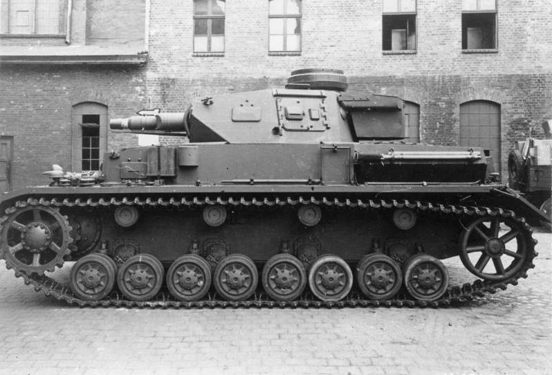 1941_Panzer_IV,_Ausf._F-1.jpg